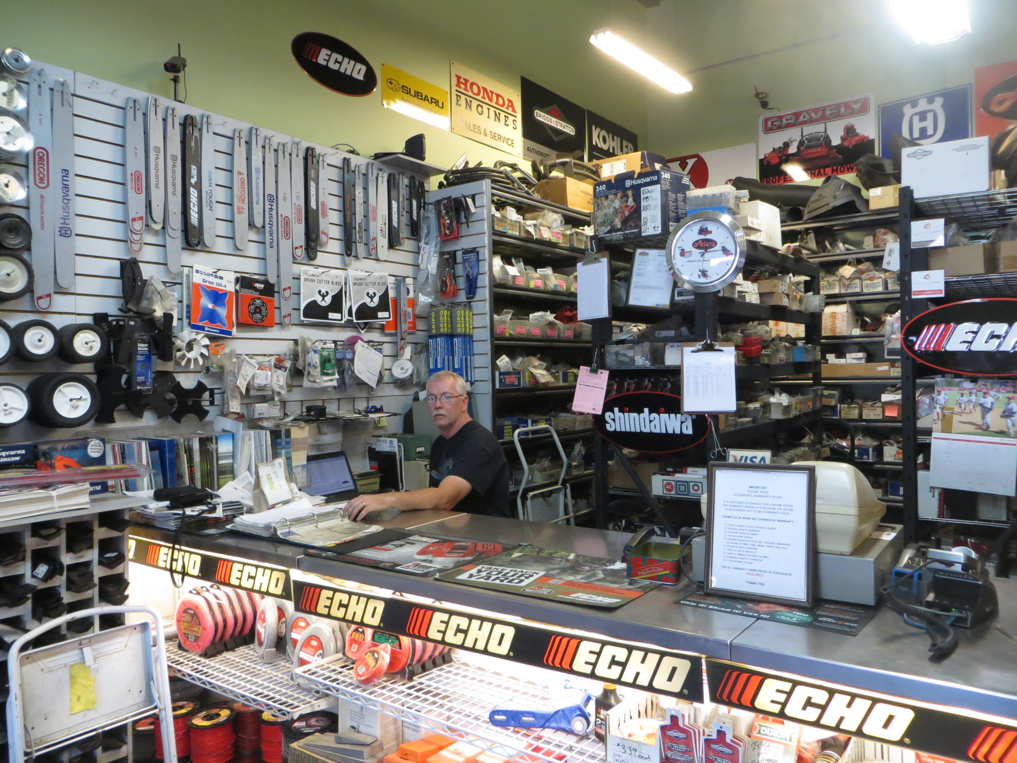 B & L Small Motors in Kamloops: Sales, service and parts for most makes and models.