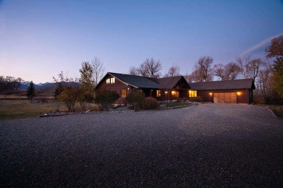 Mission Ranch Lodge Livingston Montana Mt