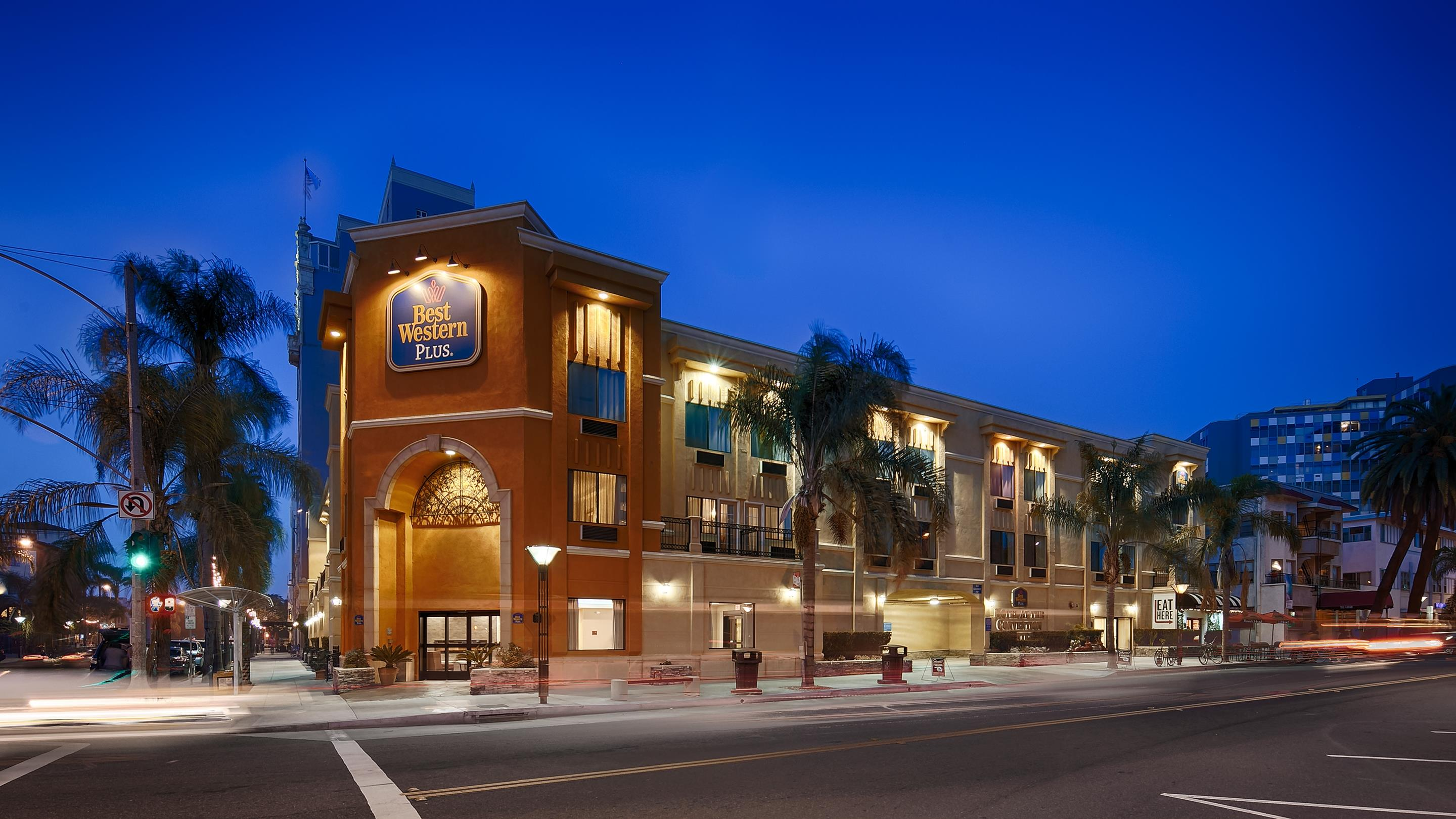 Hotels Near To Long Beach Convention Center