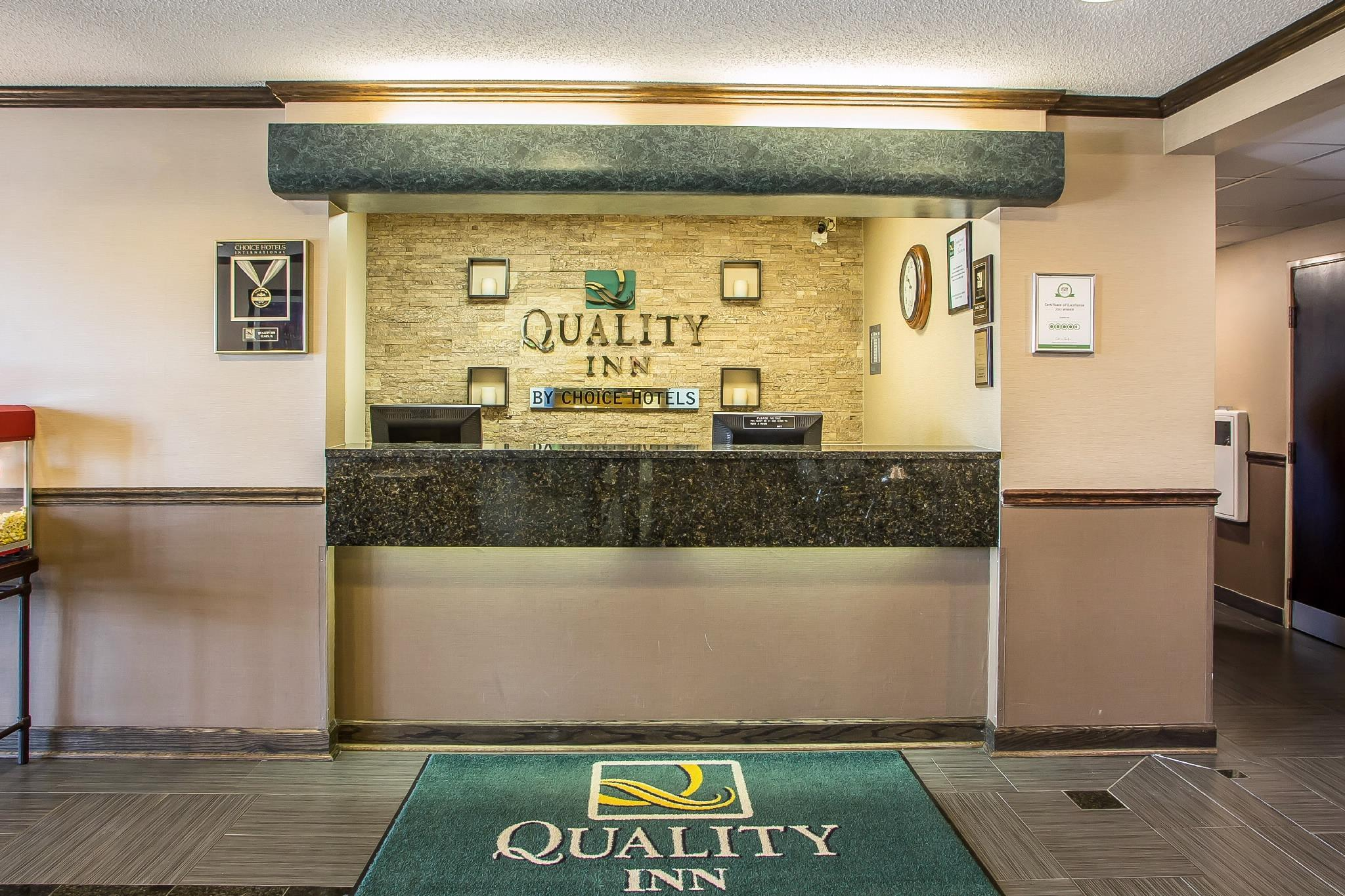 Restaurants With Meeting Rooms Near Elgin Il