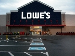 Lowe 39 S Home Improvement In Sinking Spring Pa 19608