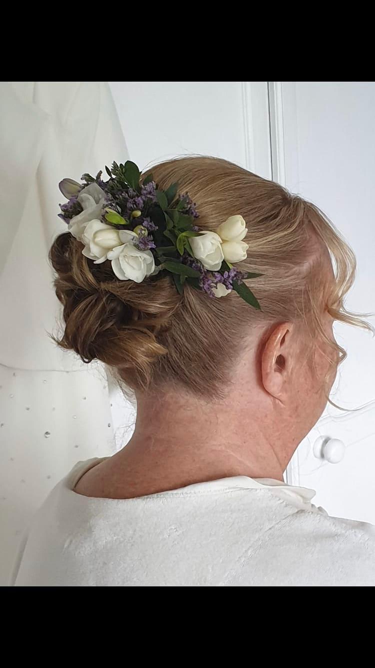 Wells the Florist Bridgnorth 07582 907460
