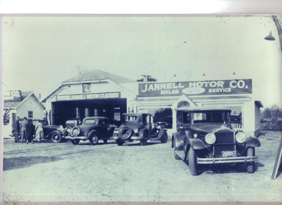Jannell Collision Center image 0