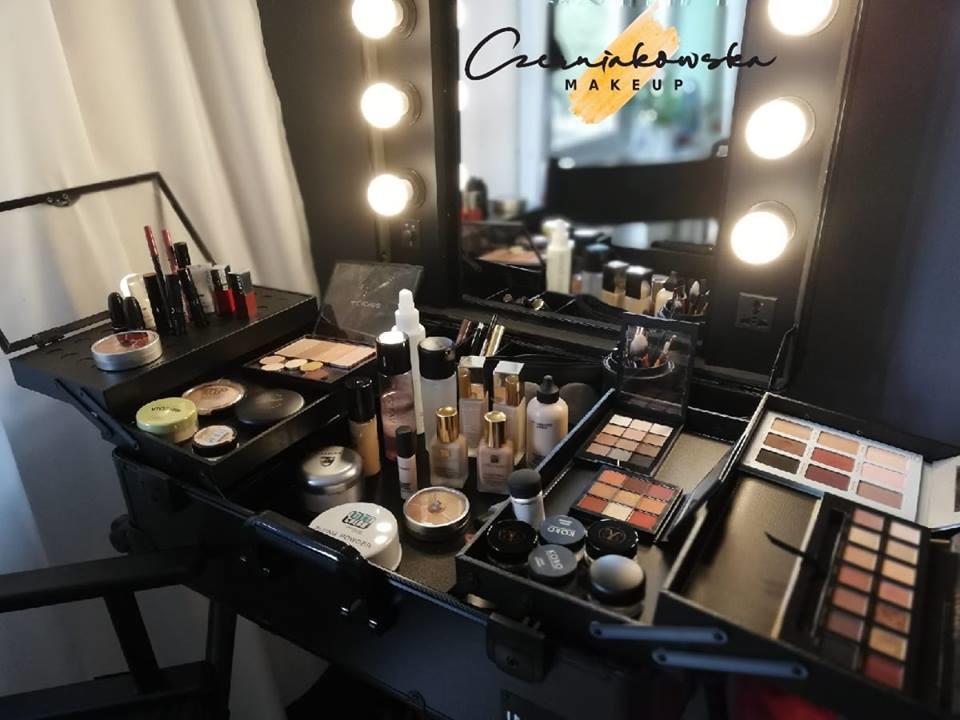 Salon Kosmetyczny W Legionowo Znaleziono 41 Wynikiów Wyszukiwania