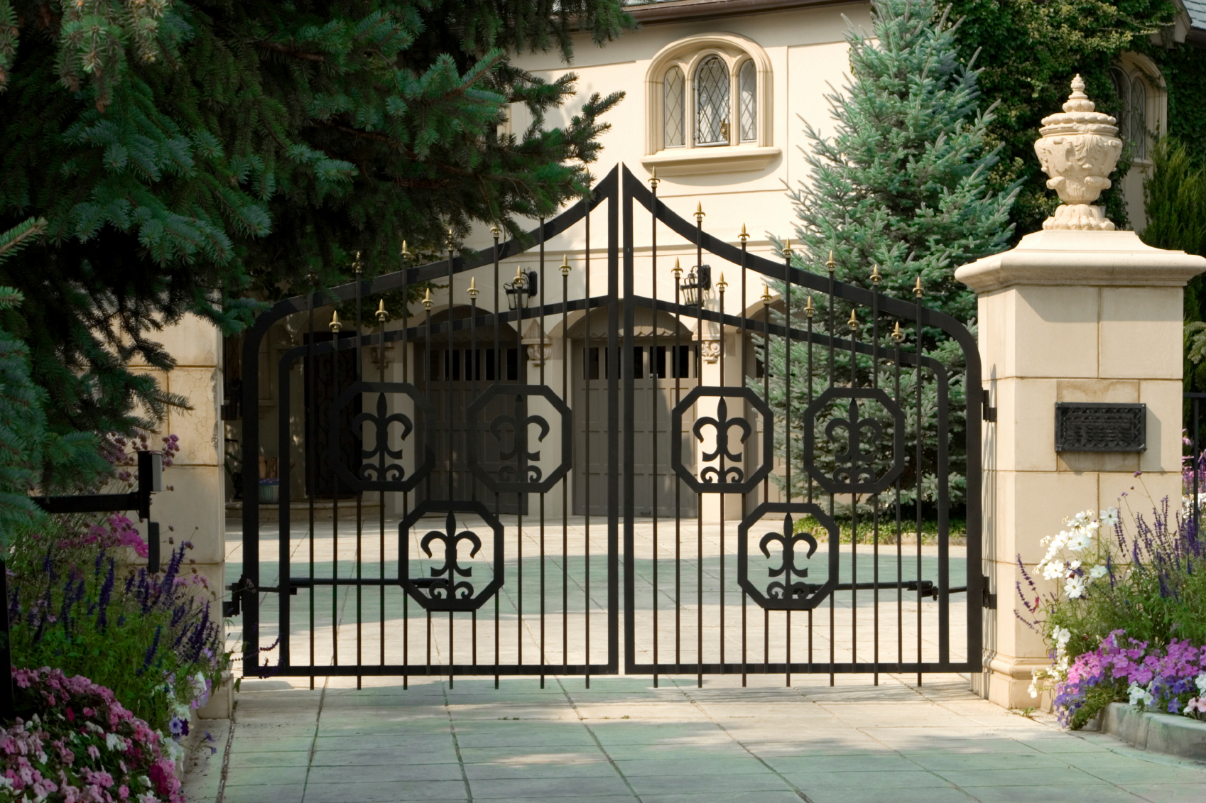 Lone Legacy Automatic Gates image 0