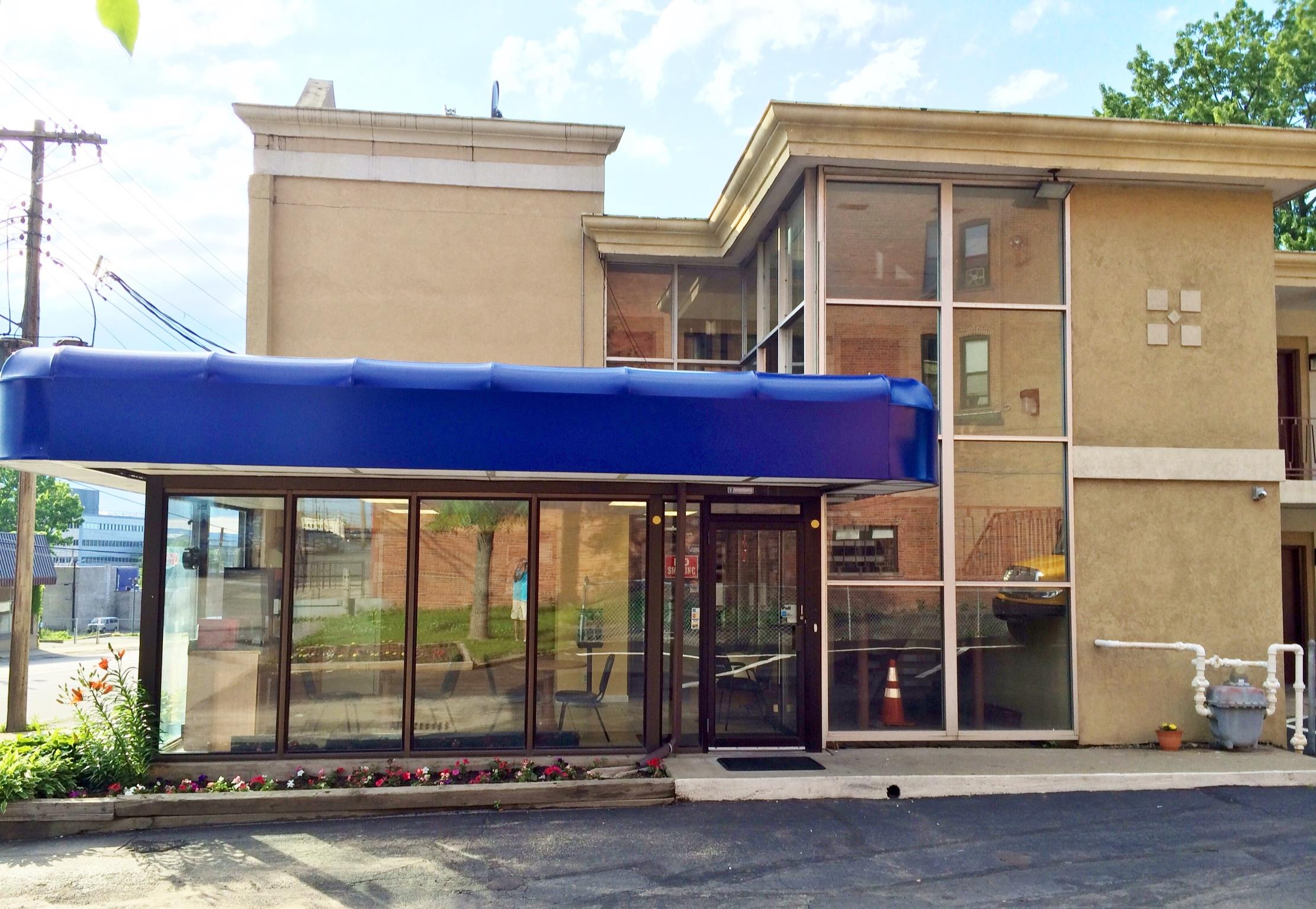 Americas Best Value Inn - Schenectady  Albany West In Schenectady  Ny 12307