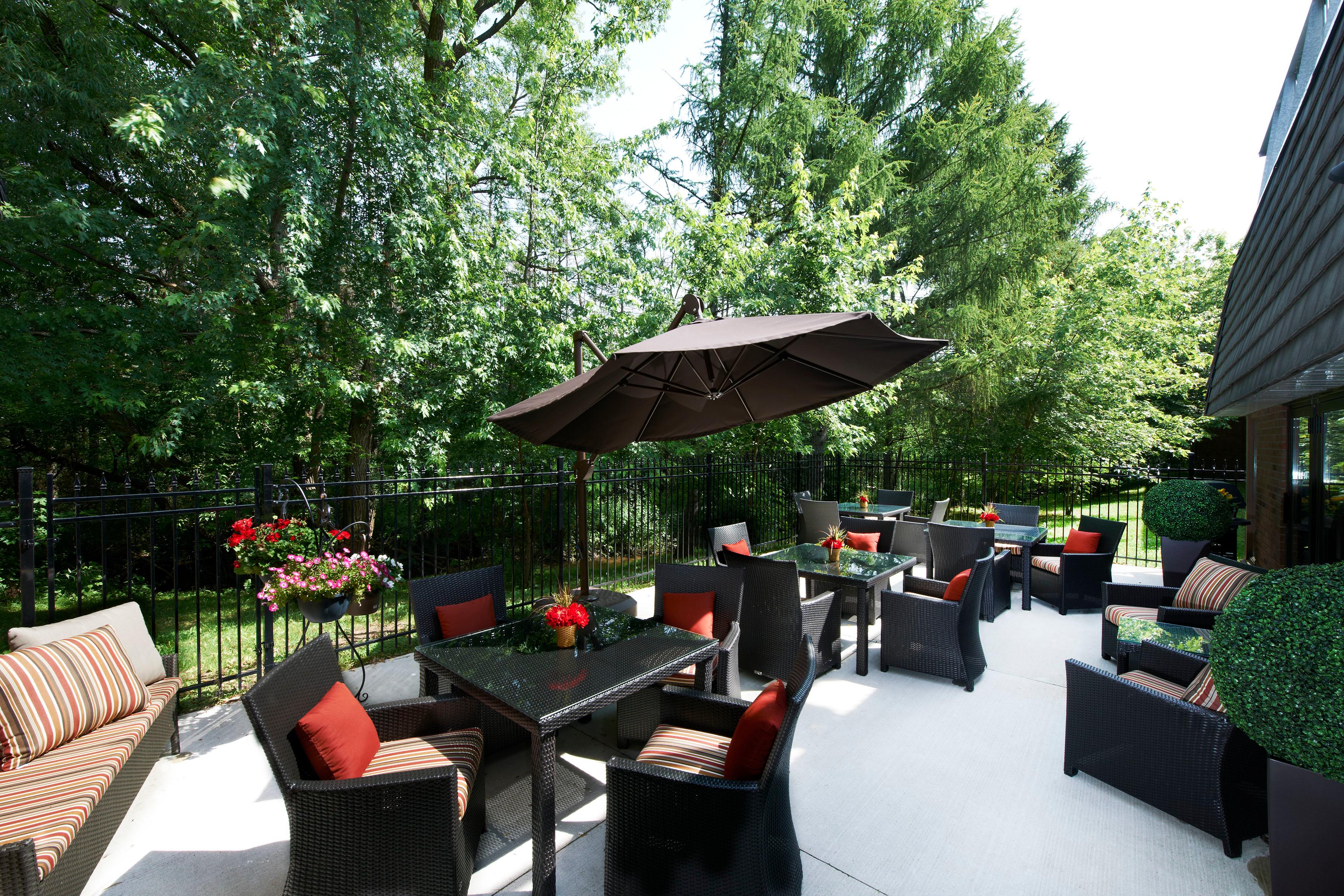 Revera Brookside Court & Hilltop Place Retirement Residence