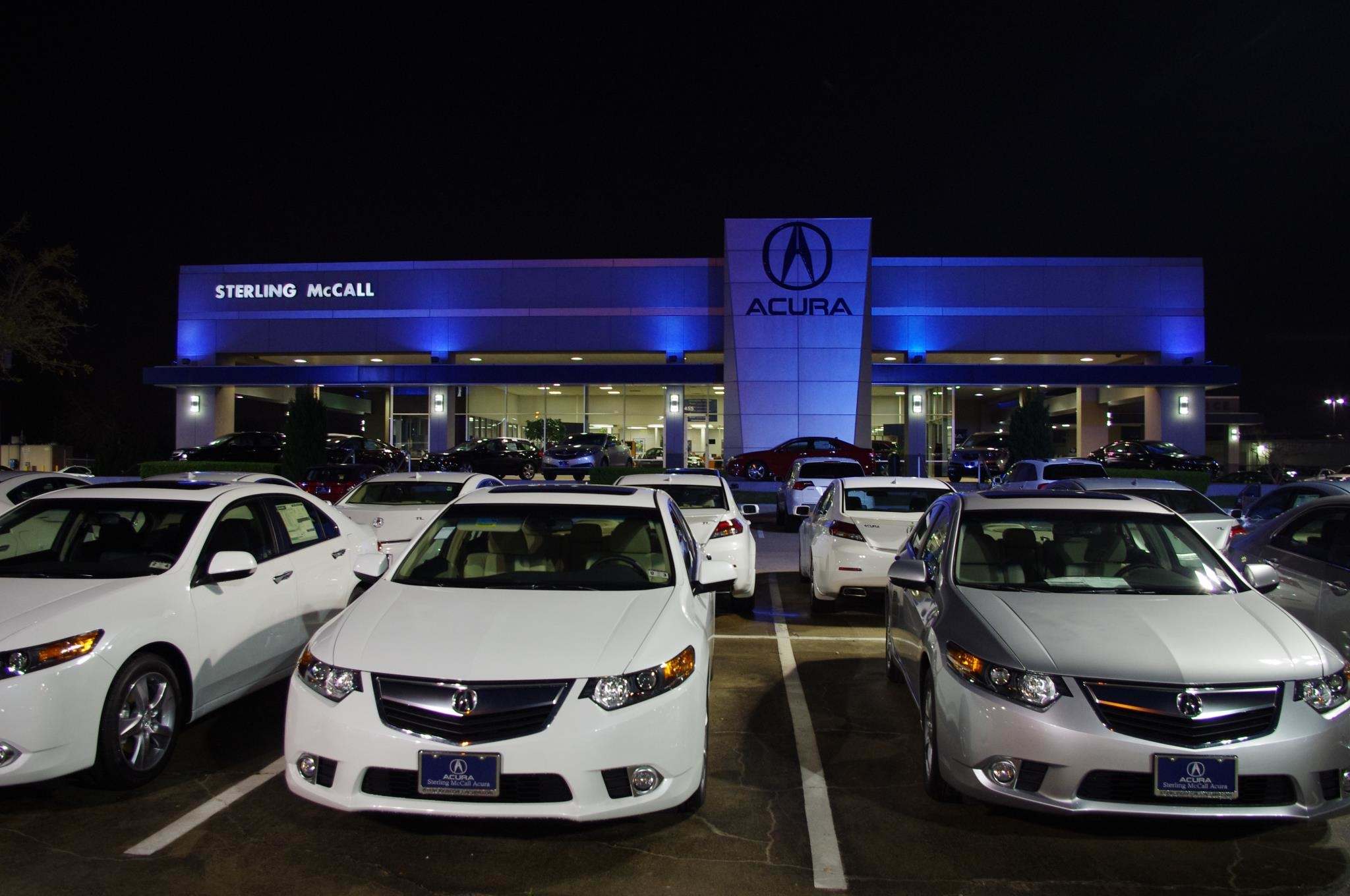 Sterling mccall acura in houston tx 77074 for Royal motors houston tx