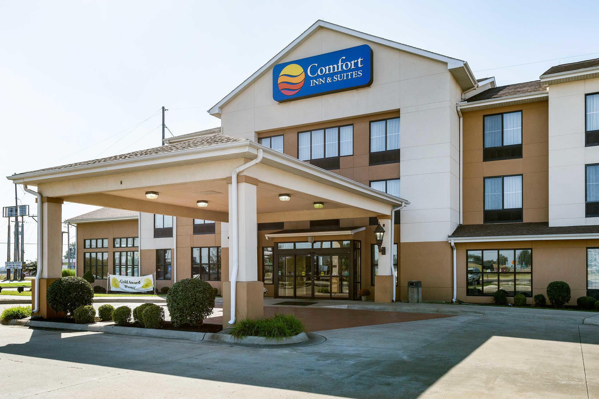 Comfort Inn Amp Suites Blytheville Arkansas Ar