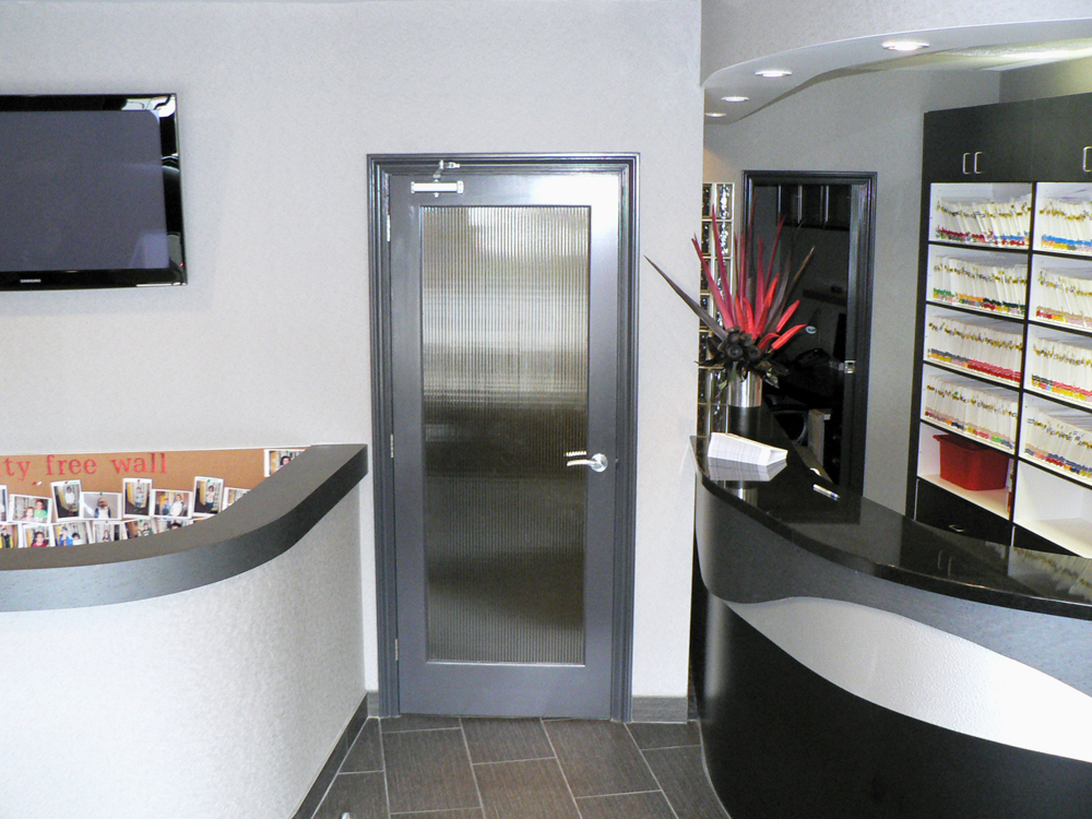 Meadowlands Dental Office in Ancaster: Please come in!