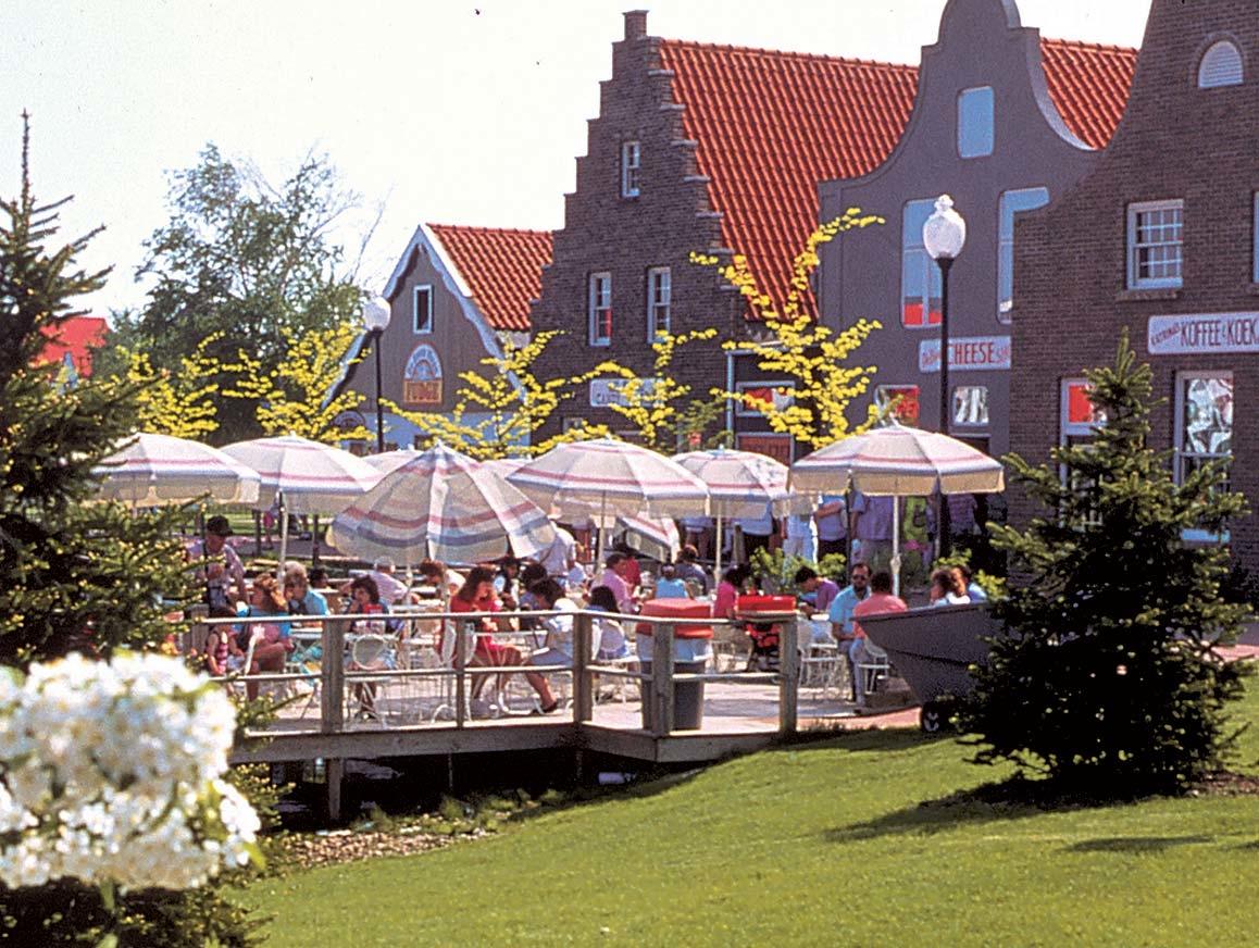 Jeff coffey real estate in holland mi 49423 for Dutch real estate websites