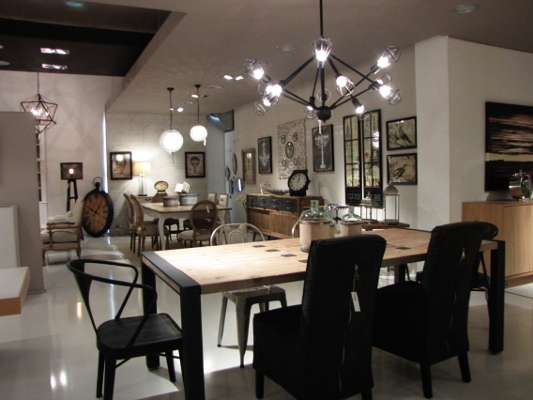 Casa giardino a soveria mannelli infobel italia for Chiodo arredamenti