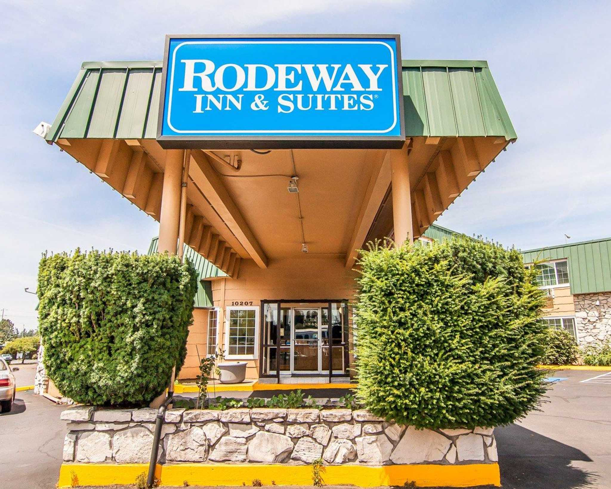 Rodeway Inn Convention Center Portland - Guest ReservationsUp To 25% Off This Winter· Excellent Guest Reviews· Best Rate GuaranteedAmenities: 24/7 Guest Servicing, Luxury Amenities, Internet Access, Fast Booking.