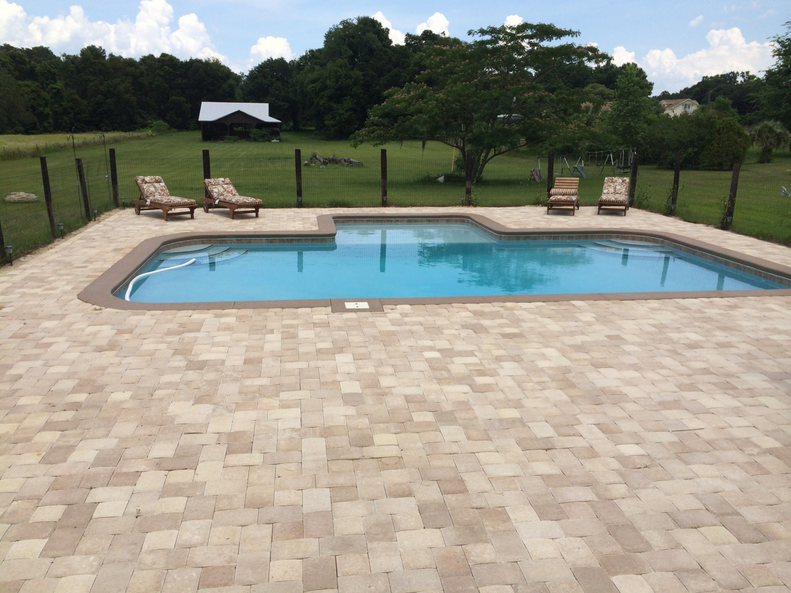 Proform pools and spas in tampa fl 33613 for Florida hot tubs