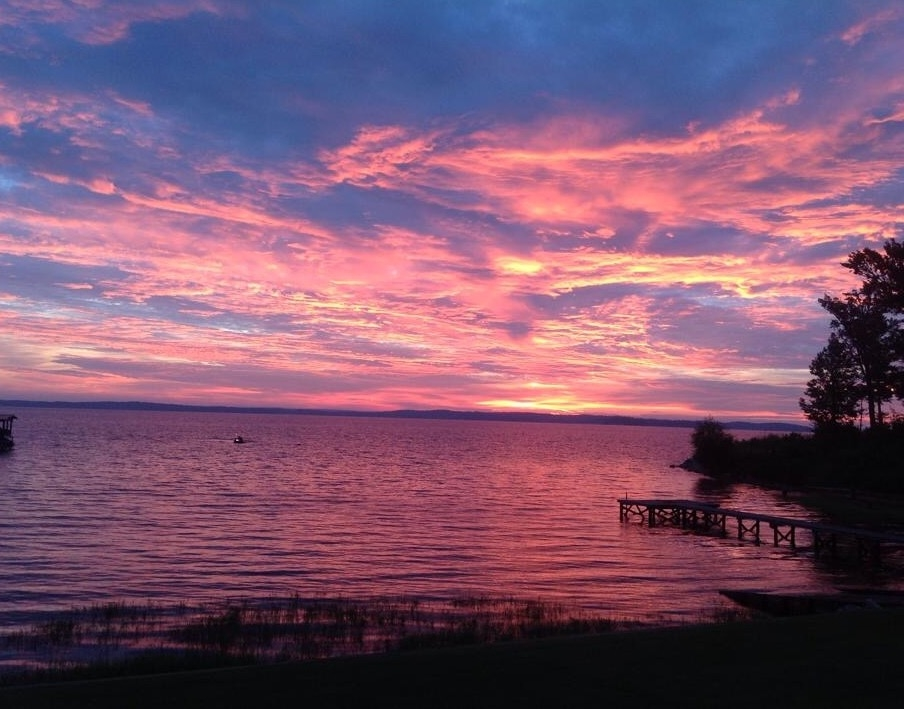 Nanna 39 s inn lake livingston onalaska texas for Cabins near lake livingston