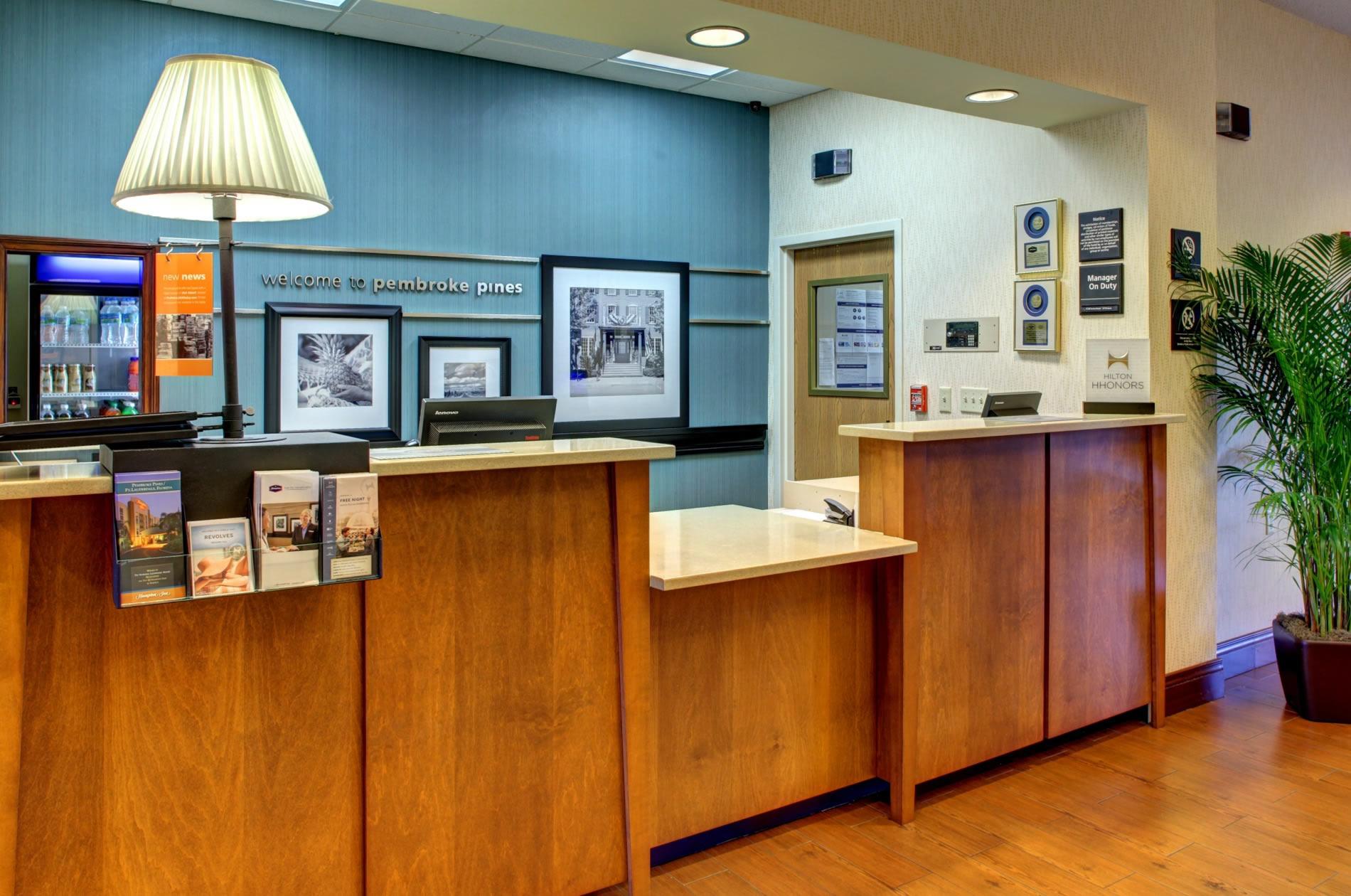 Hampton Inn by Hilton Pembroke Pines - Fort Lauderdale West image 1