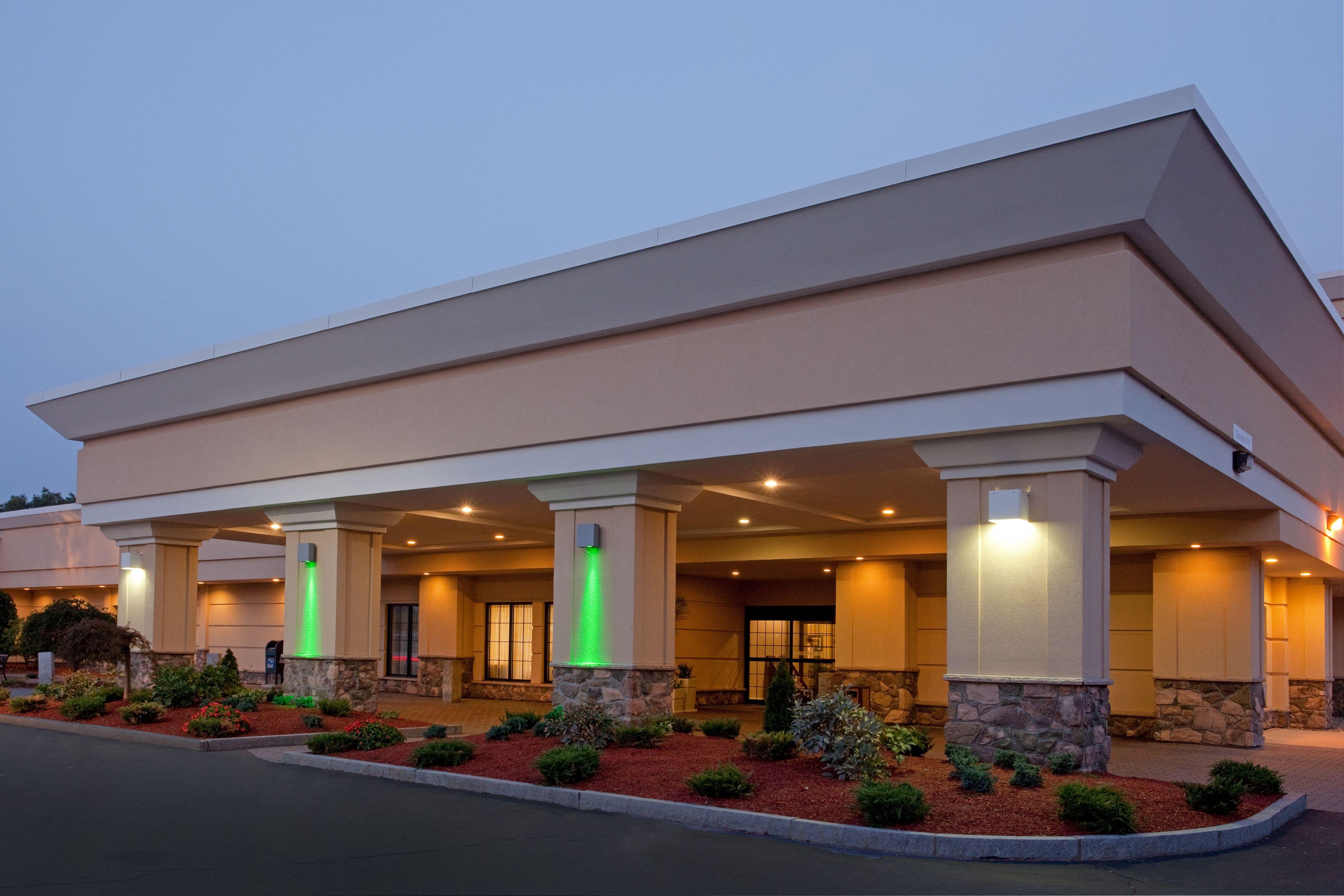 Restaurants Near Holiday Inn Somerville Ma