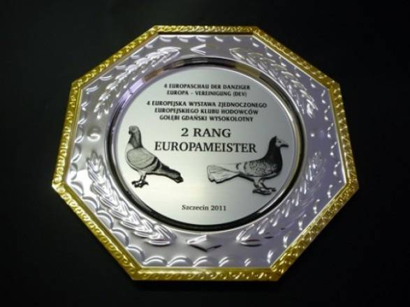 Grawer Piotr Nycz - Grawerowanie laserowe, mechaniczne, ręczne