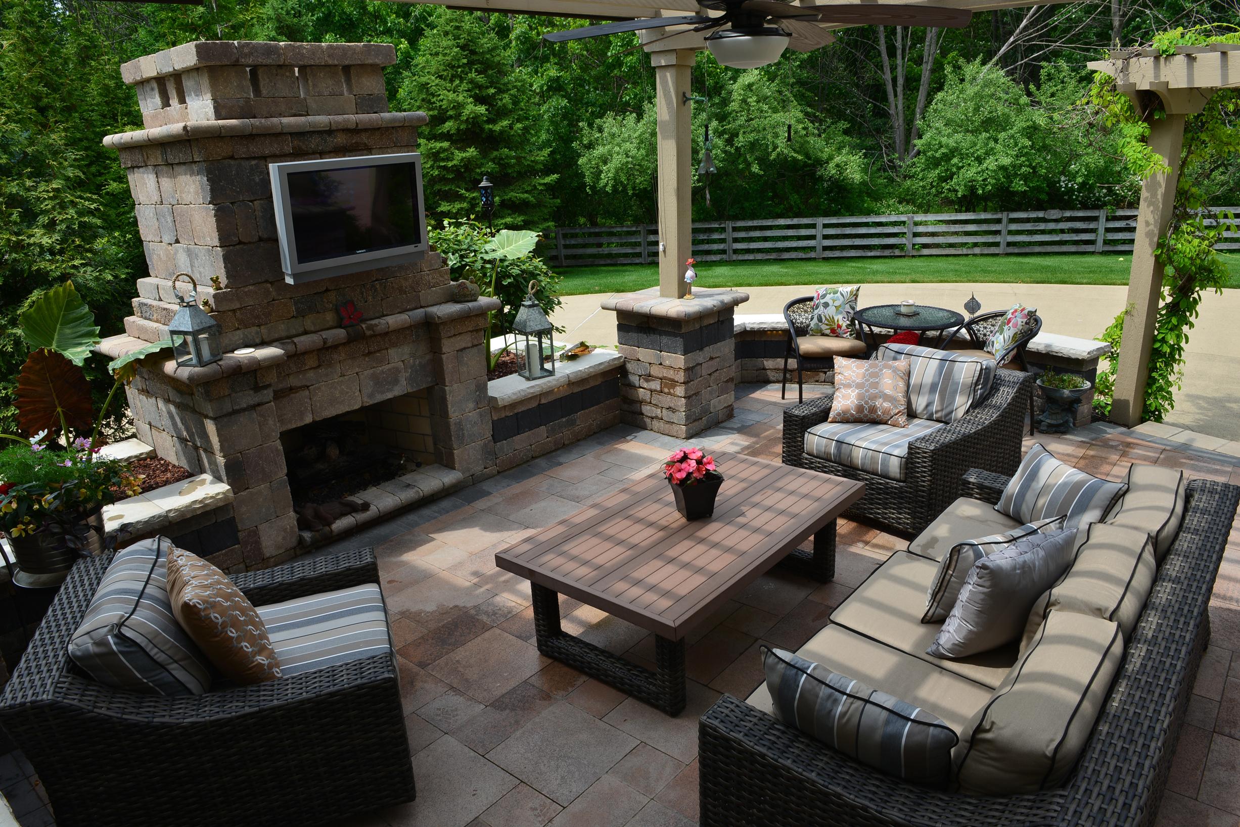 Landscape design solutions plain city ohio oh for Garden design solutions