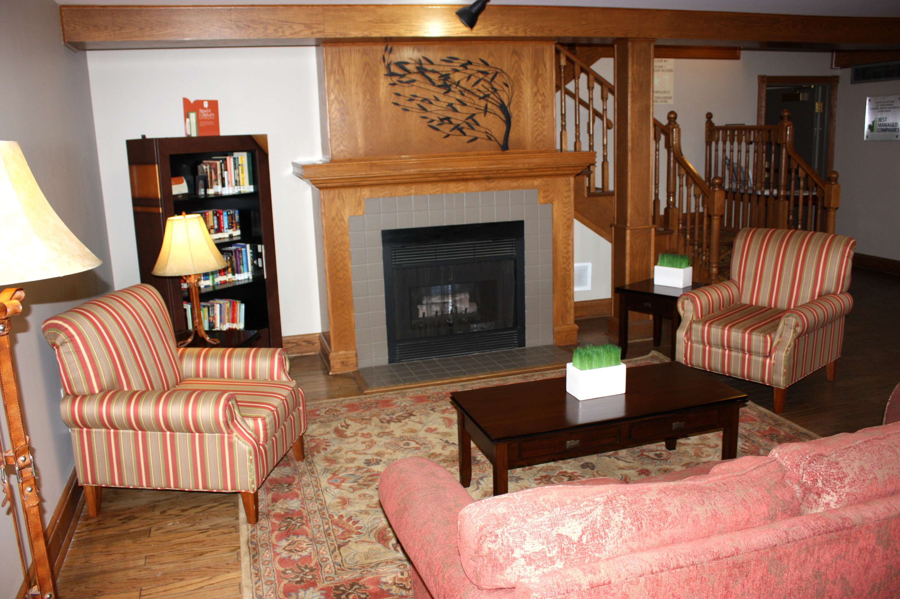 Country Inn & Suites by Radisson, Regina, SK in Regina: Lobby