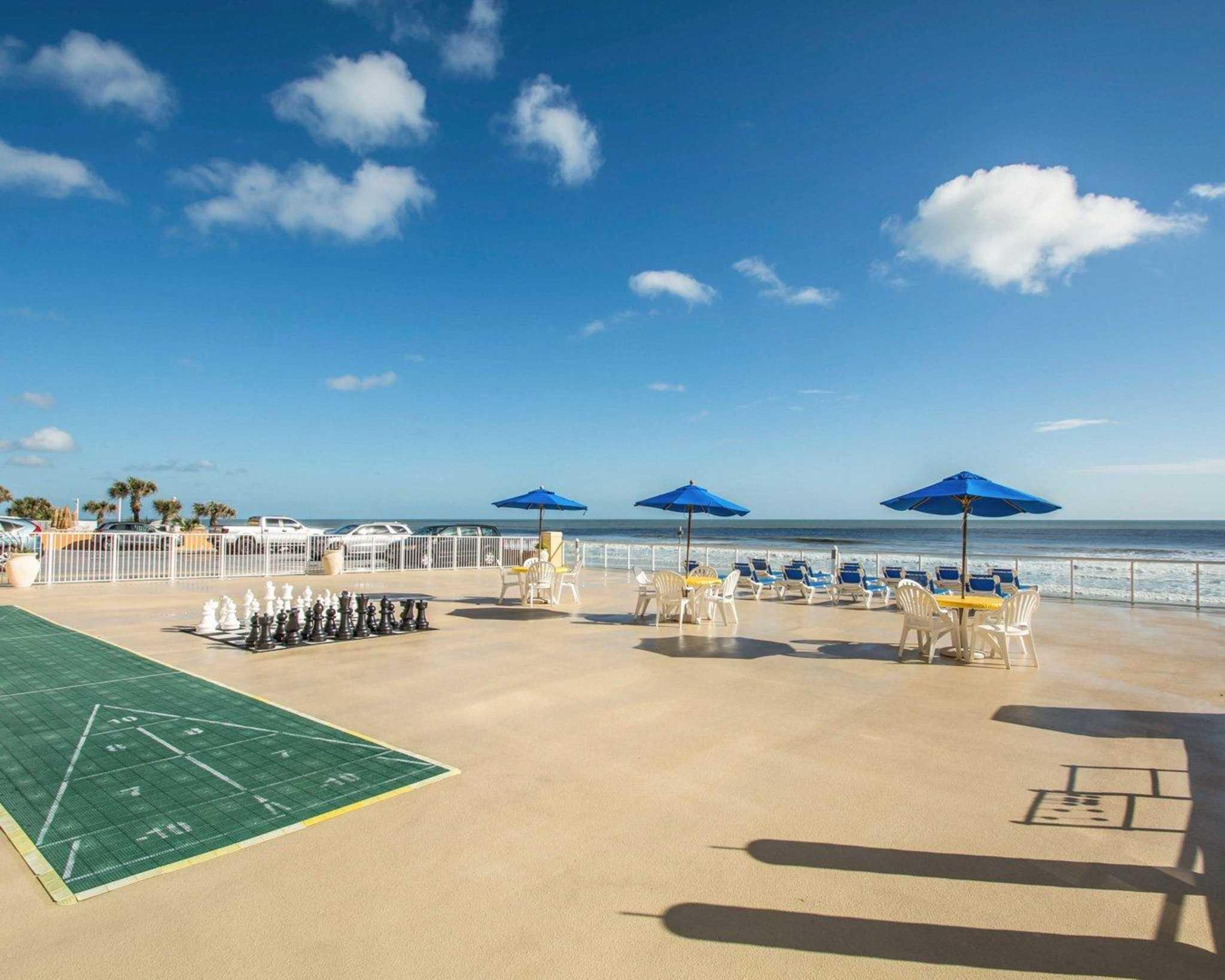 The August Seven Inn Daytona Beach Fl