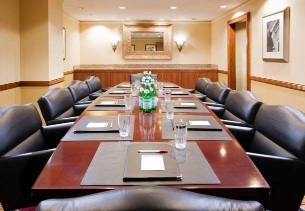 Center City Philadelphia Hotel - Residence Inn by Marriott Philadelphia Center City - Boardroom
