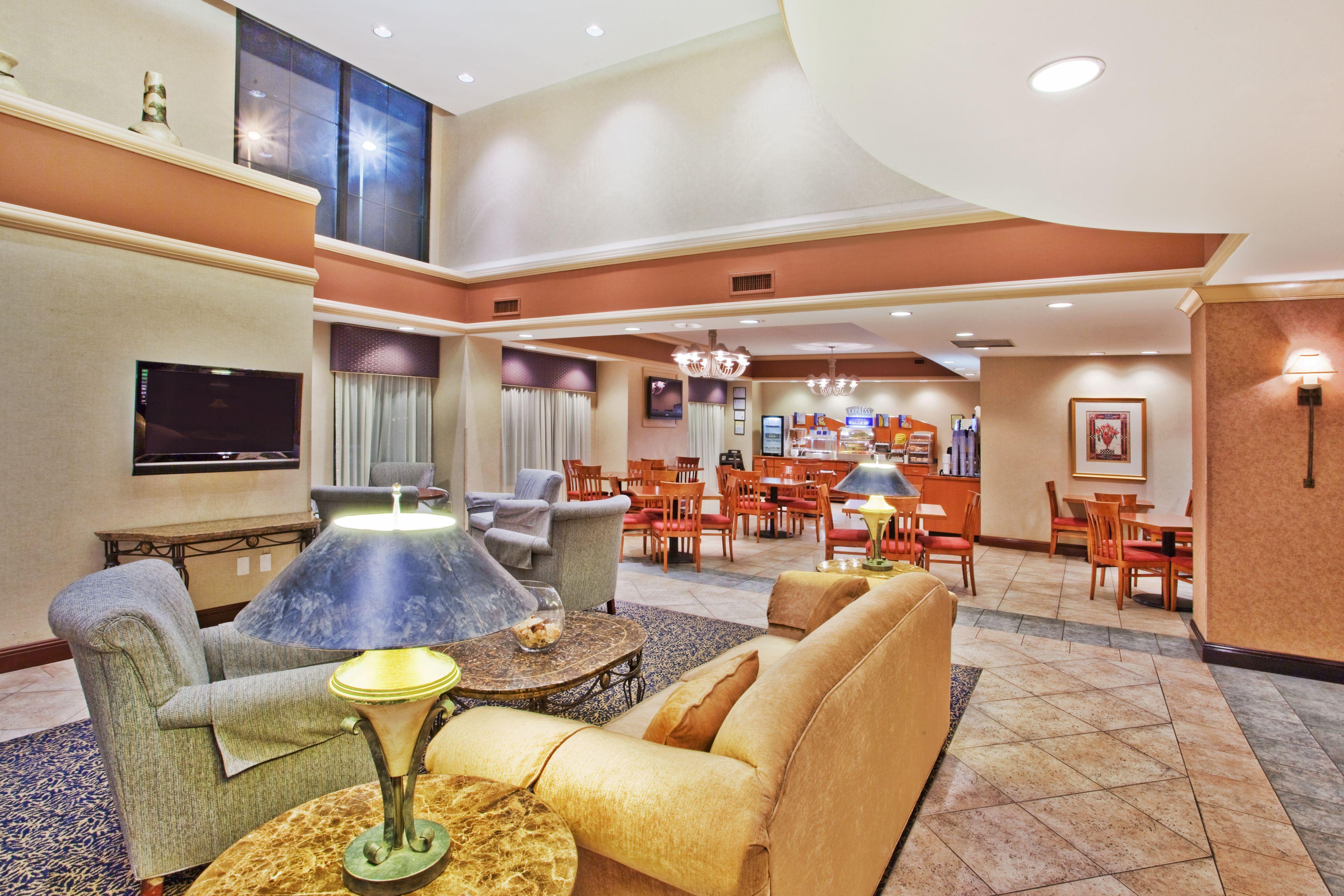 Hotels Near Atlanta Medical Center