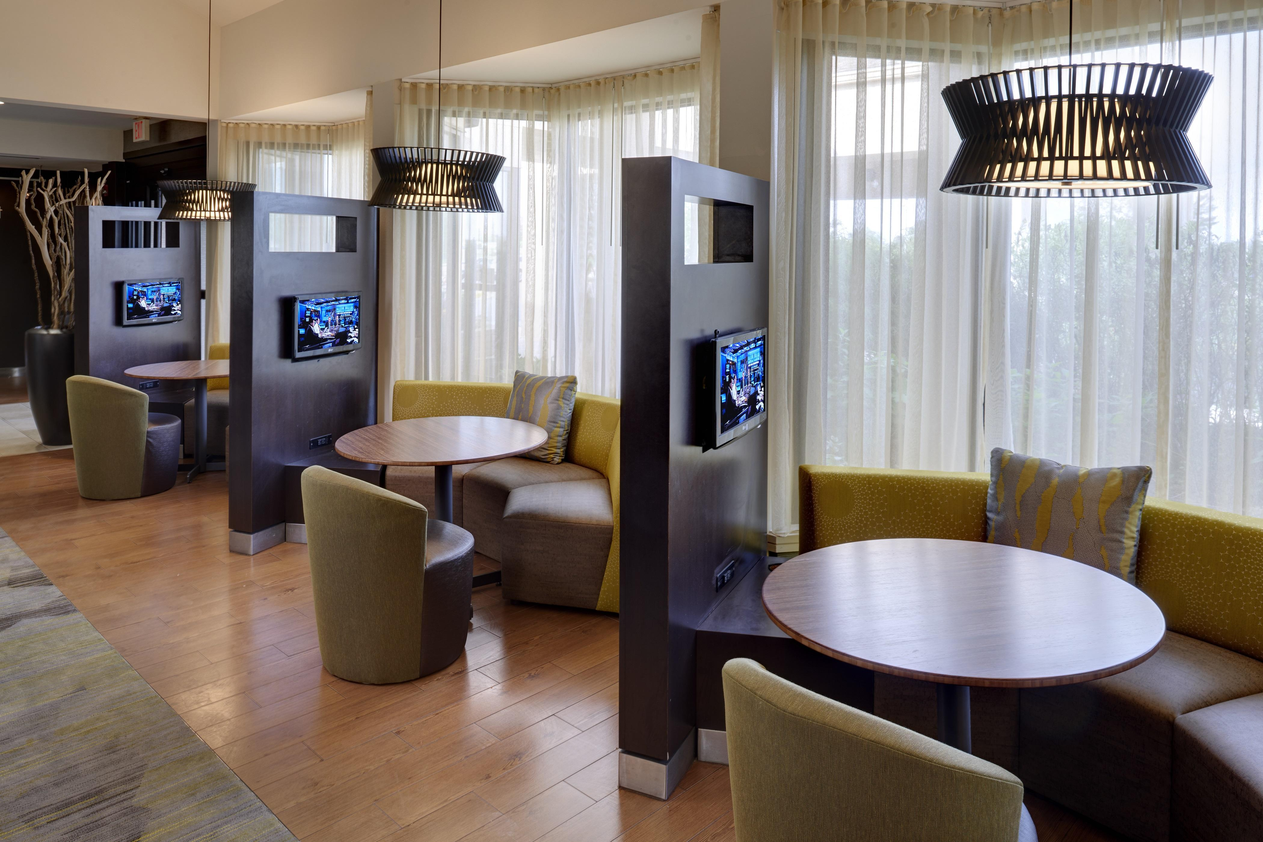 Courtyard Marriott Hotels In Indianapolis