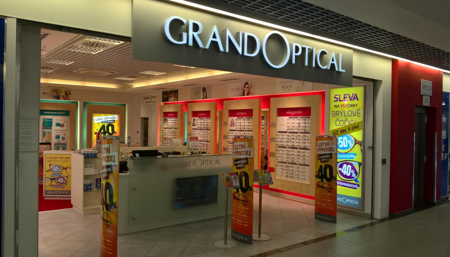 GrandOptical - oční optika OC Chomutovka