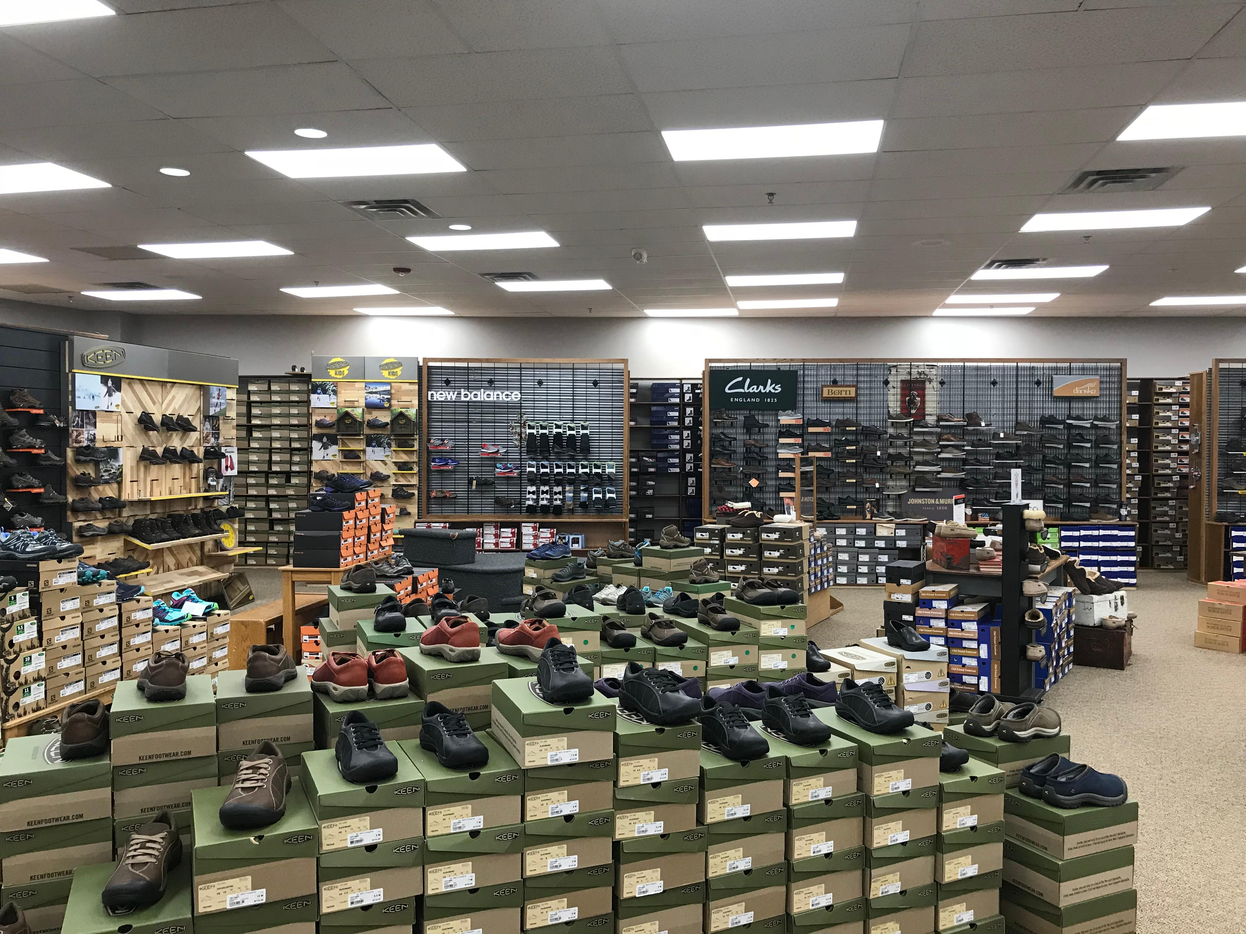 Brown S Shoe Fit Co Cheyenne Wy