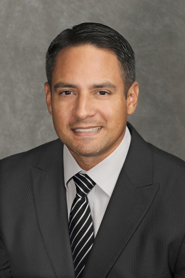 Edward Jones - Financial Advisor: Jason F Munoz