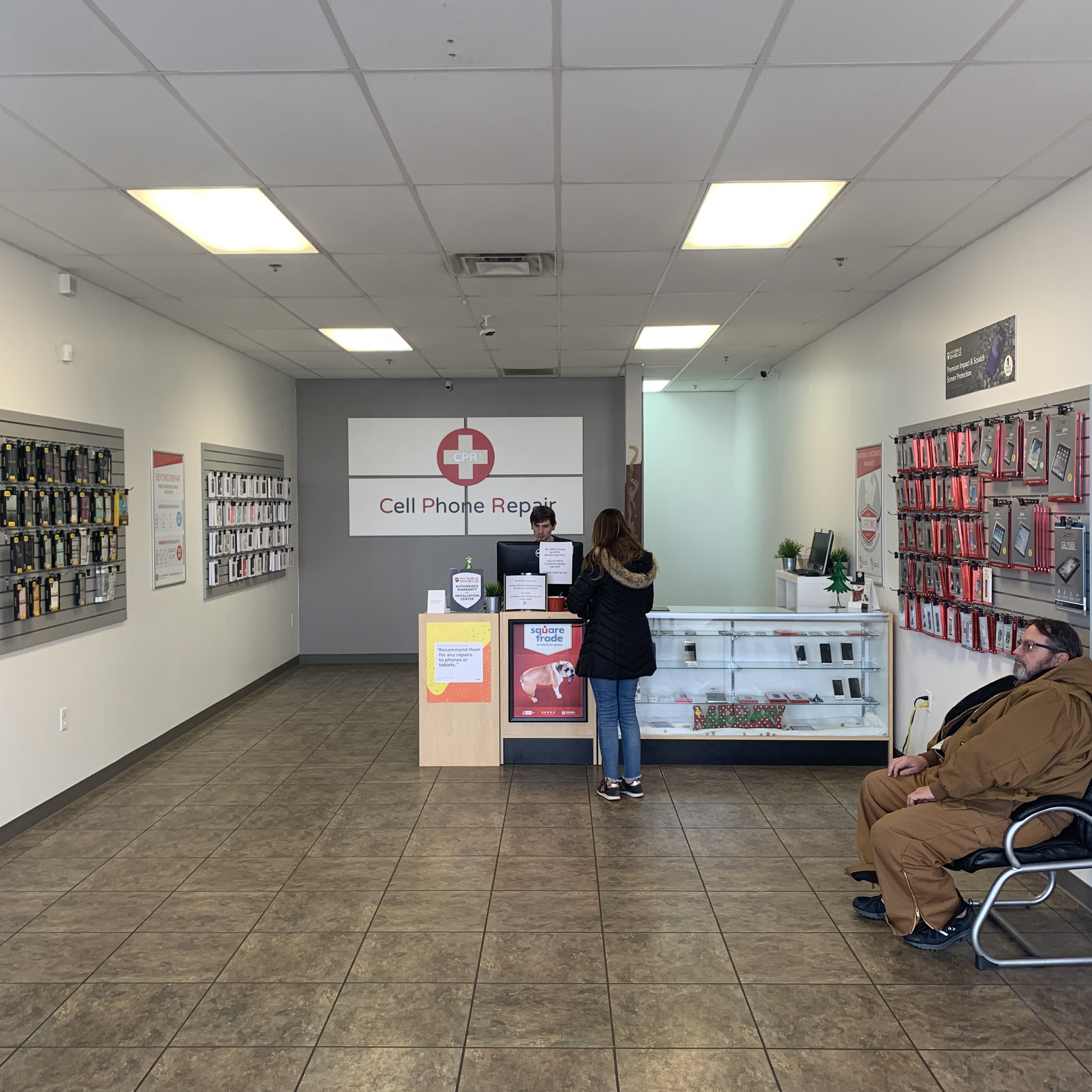 CPR Cell Phone Repair Oklahoma City OK - Store interior