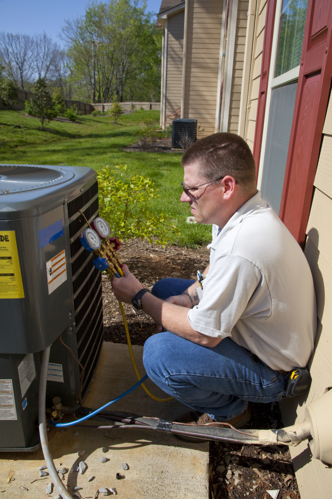 LSM-Lee's Sheet Metal Ltd in Grande Prairie: Air conditioning installation and repair.