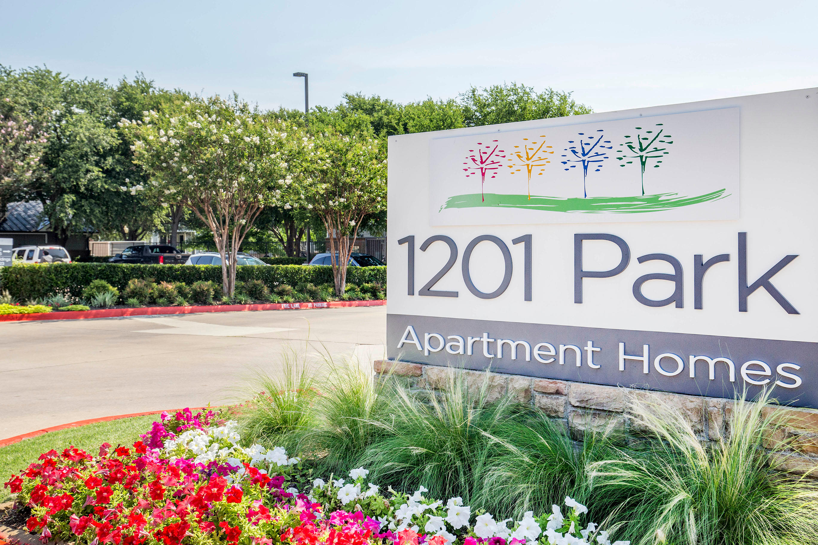 Park  Apartments By Cortland