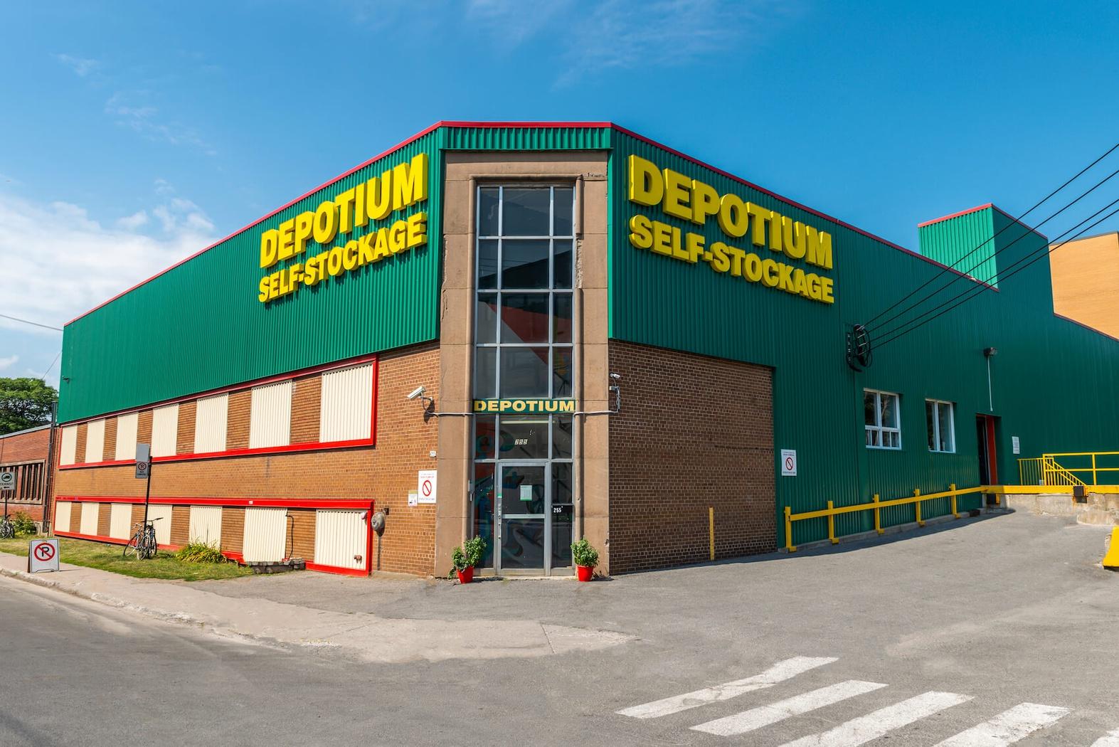 Depotium Mini-Entrepôt - Parc-Extension à Montréal