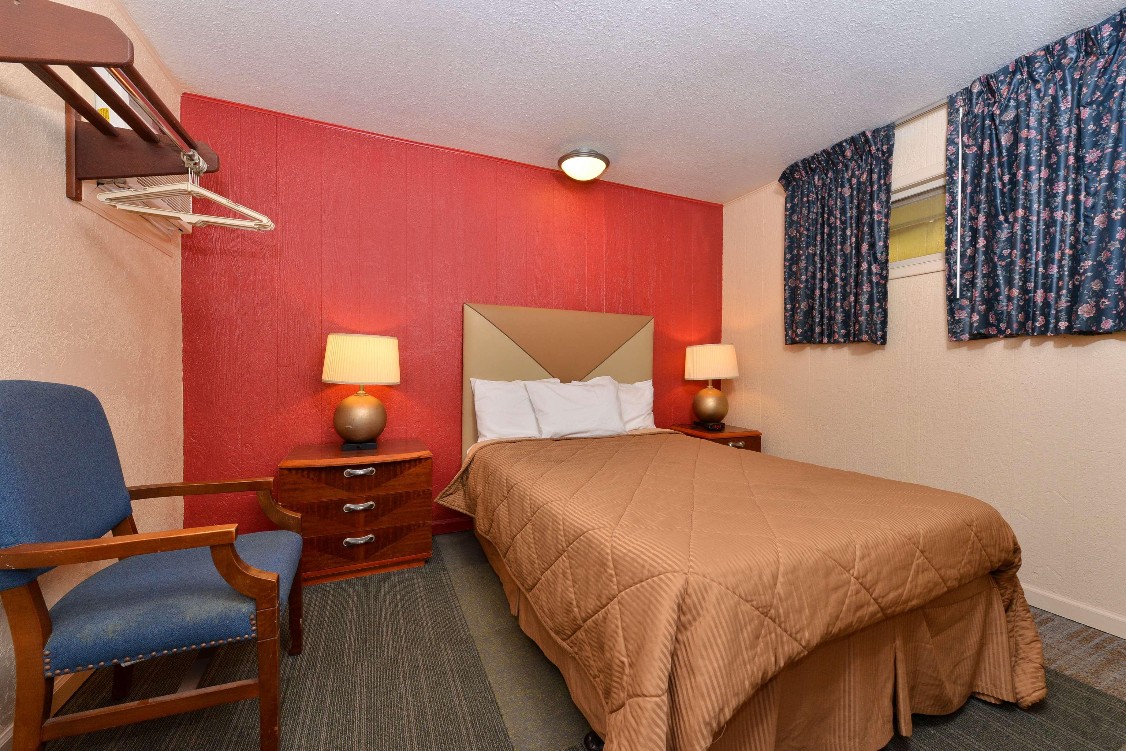 Oskaloosa Iowa Hotels And Motels