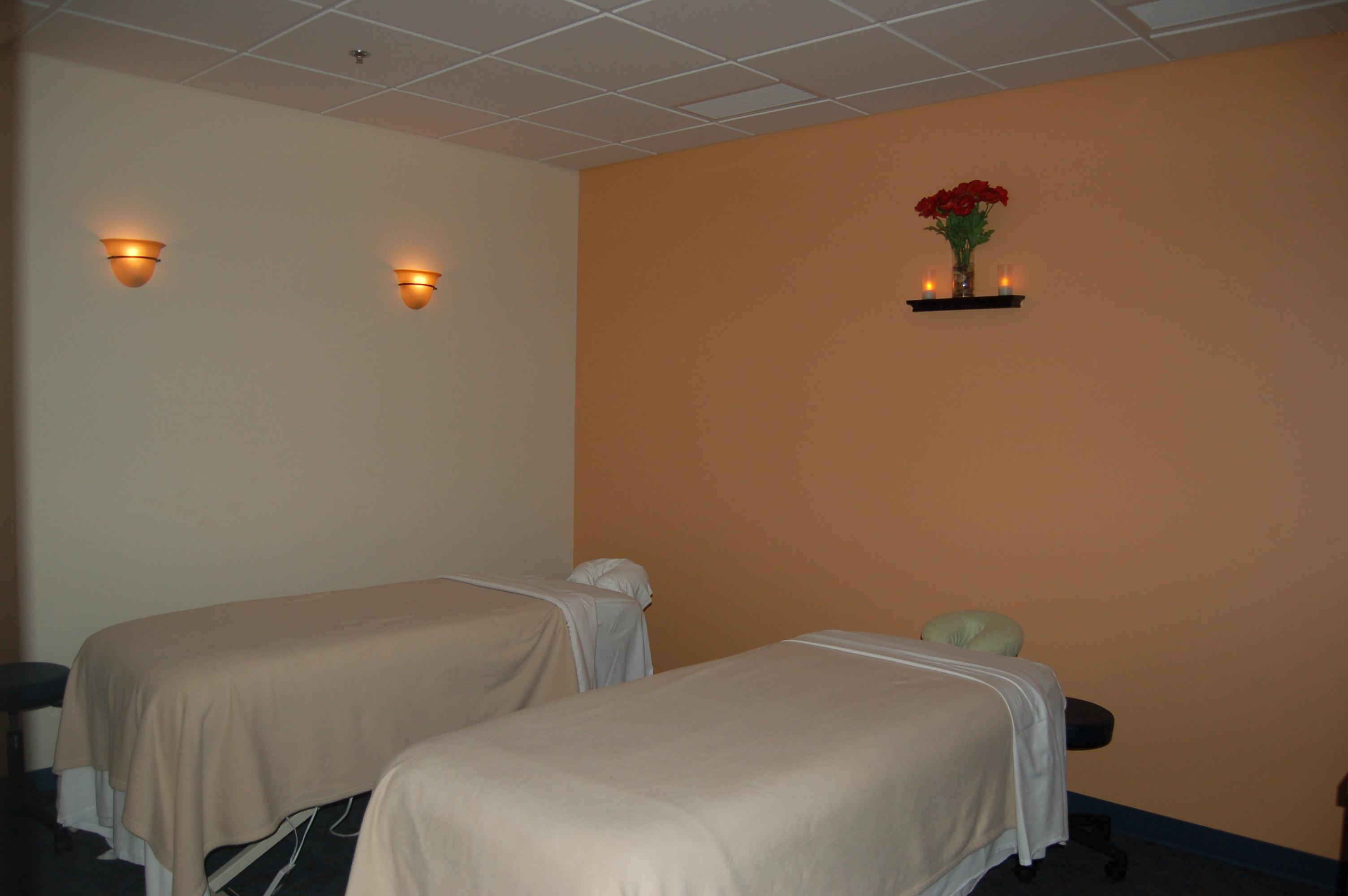 Hand & Stone Massage and Facial Spa Coupons Columbus OH ...