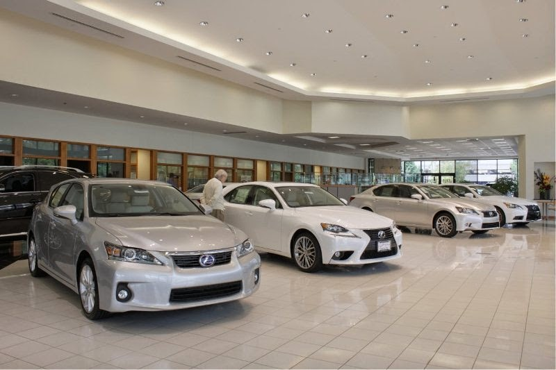 Plaza lexus in creve coeur mo 63141 for Plaza motors st louis
