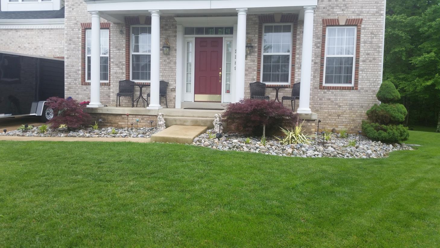 Kd lawn service llc white plains maryland for Local garden maintenance
