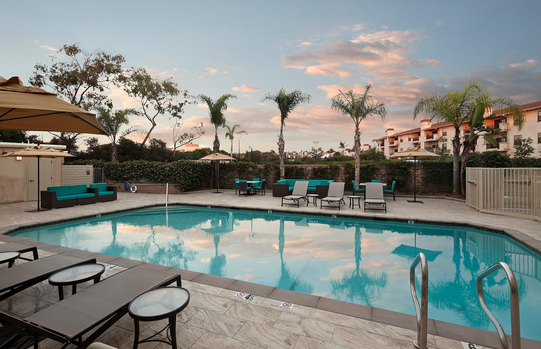 Hermosa Beach Hotel Suites