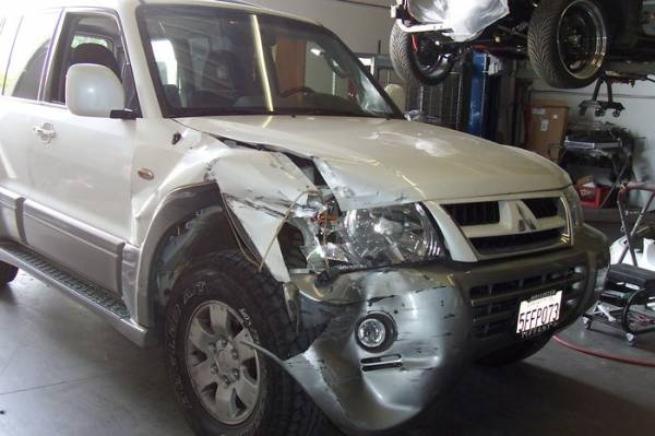 Little Red's Automotive Collision image 3