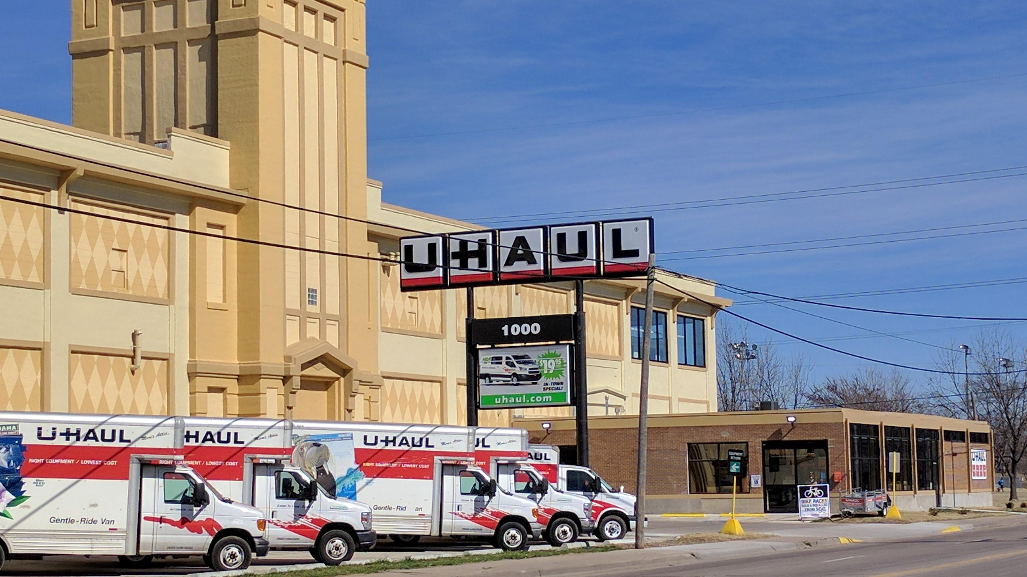 U-Haul Moving & Storage of McAdams Park