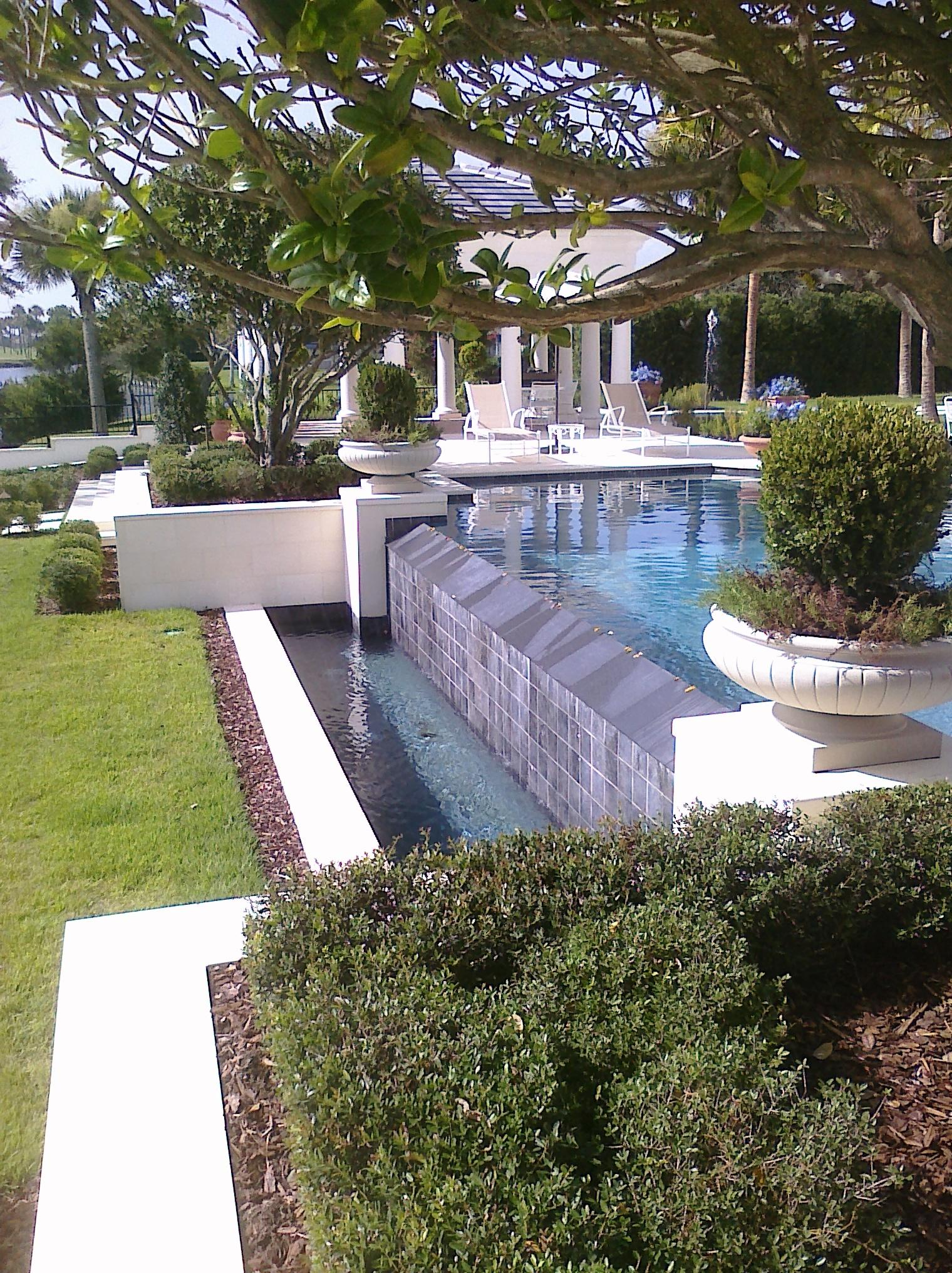 Swimming pools construction dealers designers in for Swimming pool dealers
