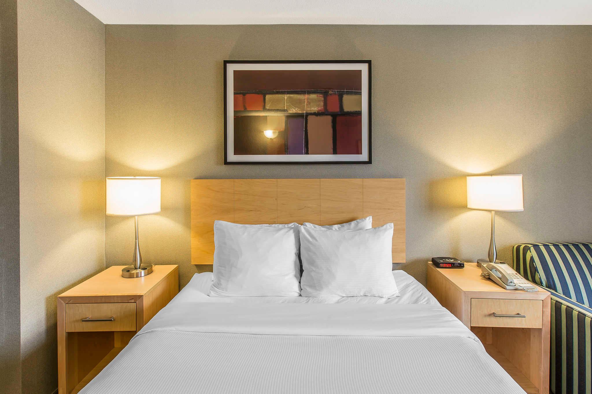 Quality Hotel Harbourview