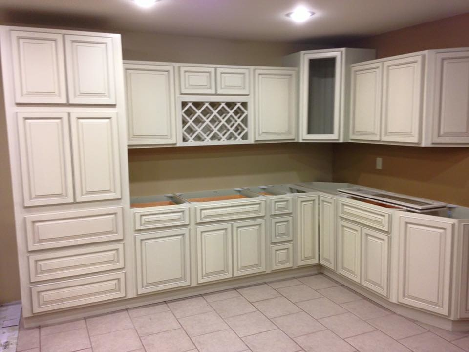 Express cabinet store louisville kentucky ky for Kitchen cabinets express