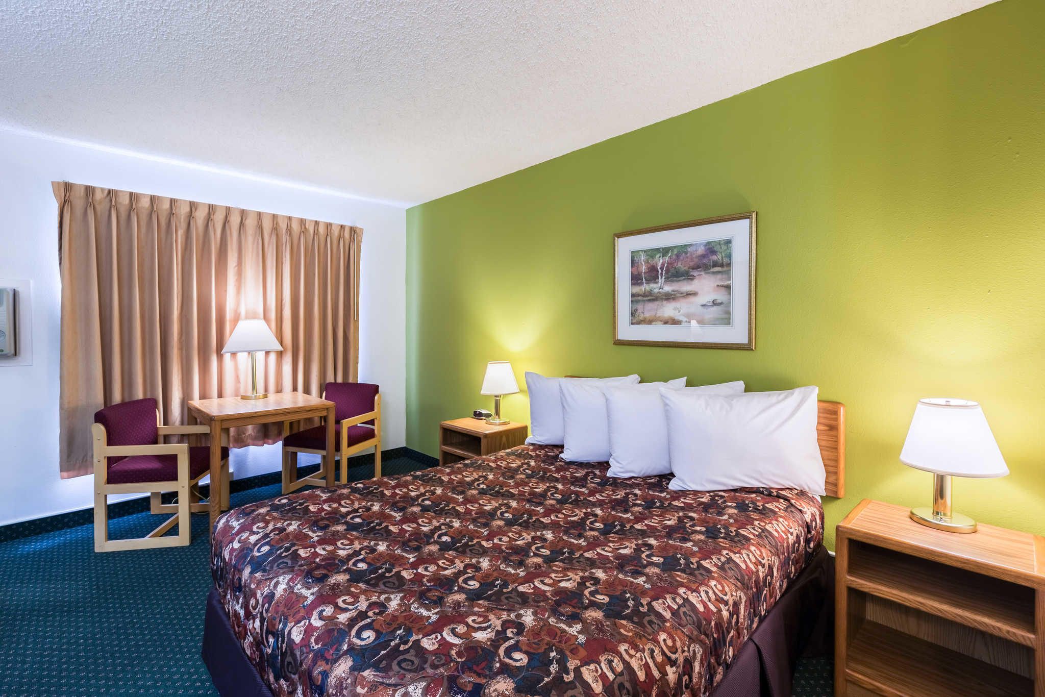 The Rodeway Inn Hotel In Grand Island Nebraska Provides Excellent  Accommodations, A Convenient Location And Affordable Rates To Everyone  Visiting The Grand ...
