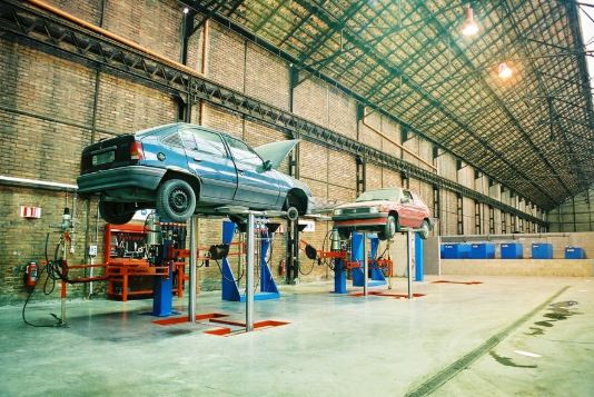 CDN Automobile