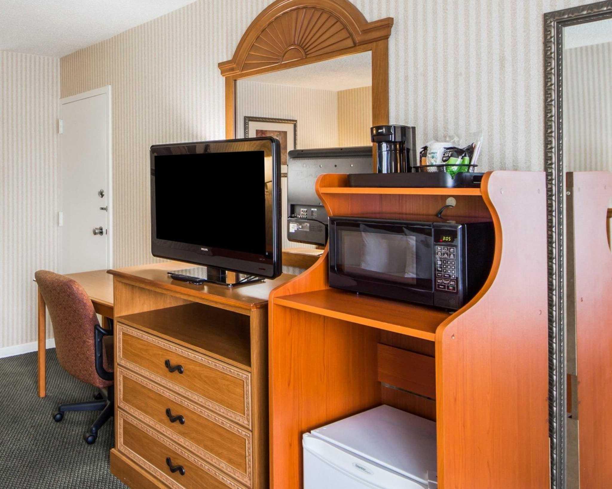 Quality Inn Ponca City Oklahoma Ok Localdatabase Com