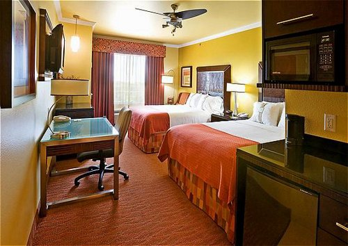 Holiday Inn Hotel & Suites Mckinney-Fairview - ad image
