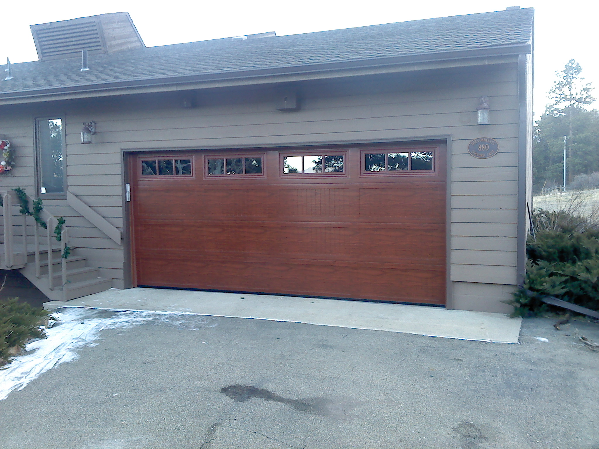 Garage doors in lakewood colorado united states for Garage door repair lakewood